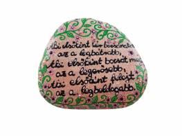 Kőbe vésett idézet